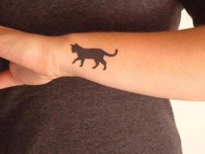 28 Wonderful Cat Tattoos for the cat lovers